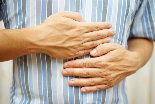 Симптомы и проявление язвы желудка