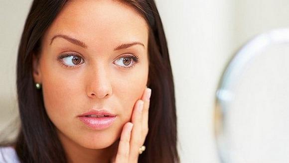 Причины отечности лица у женщин