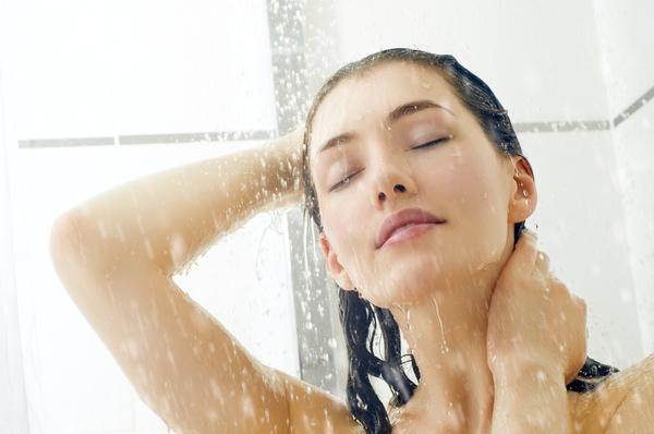 Как правильно делать контрастный душ