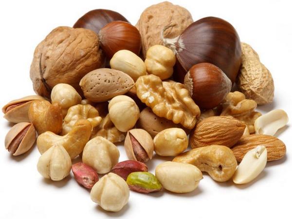 Орехи снижают холестерин
