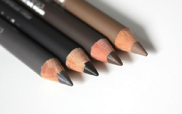 Лучшие карандаши для бровей