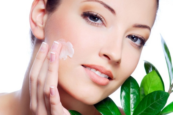 Лучшие увлажняющие кремы для лица