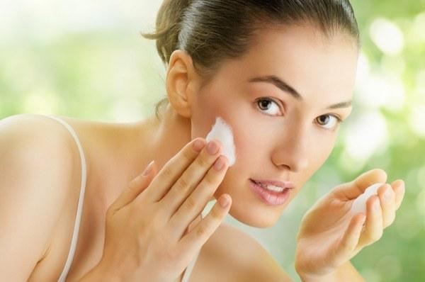 Правильный уход поможет устранить шелушение
