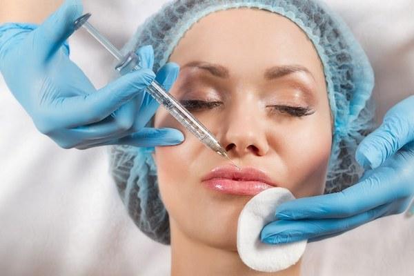 Процедура введения гиалуроновой кислоты