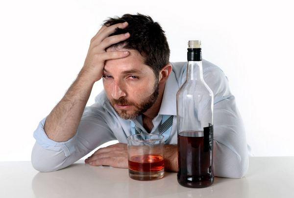 Алкоголь вреден при похмелье